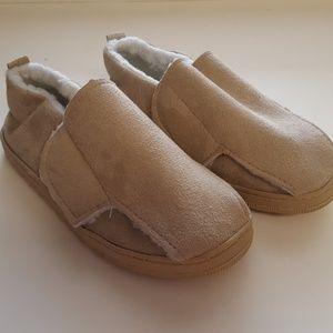 Velcro slipper NEW